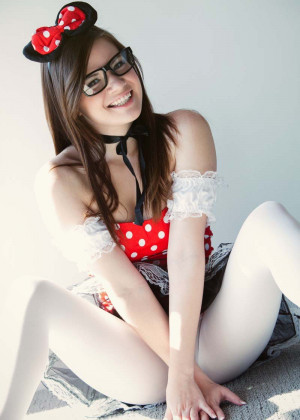 Alison Rey glasses, cute teen